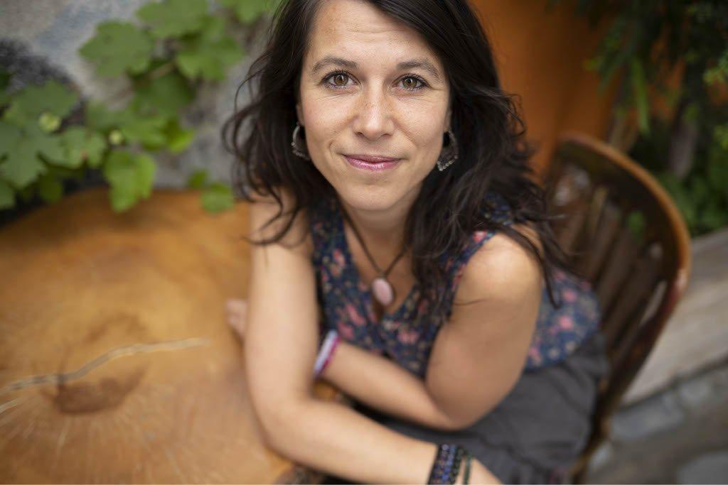 Kirjantekijät: Nina Gimishanova